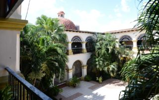 Das Convento El Carmen am gleichnamigen Plaza