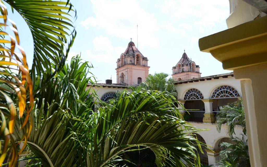 Das Convento El Carmen in Camagüey mit den beiden Türmen der Iglesia Nuestra Señora del Carmen