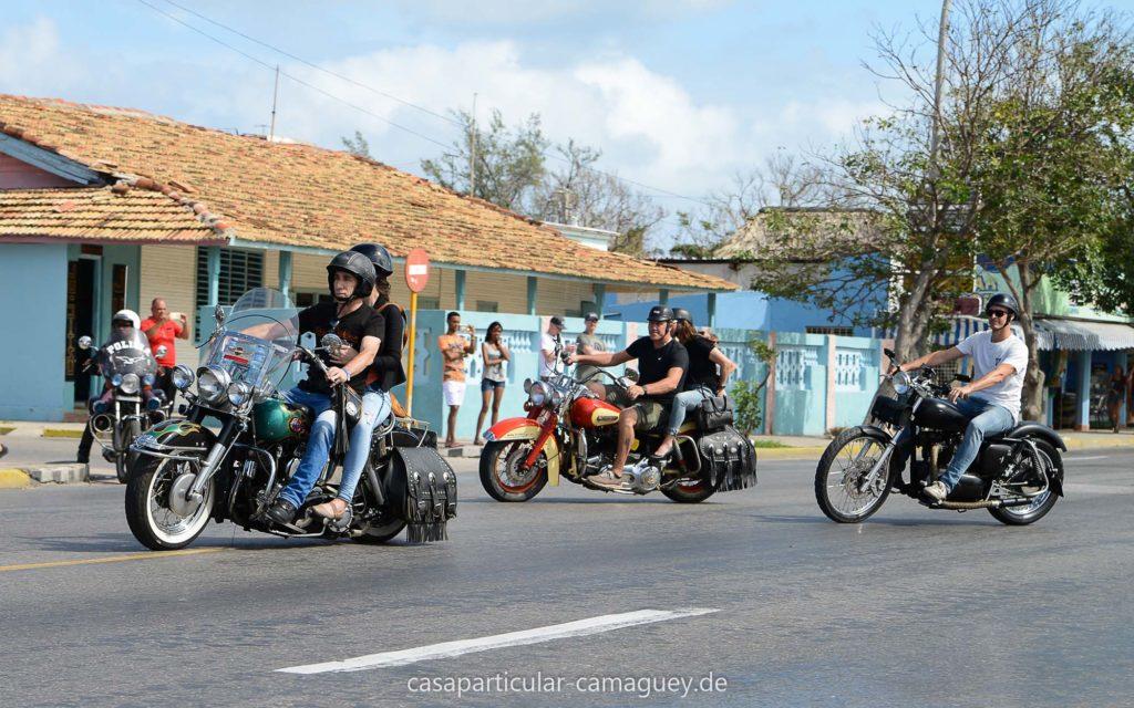 Die Harlistas reisen aus ganz Kuba an