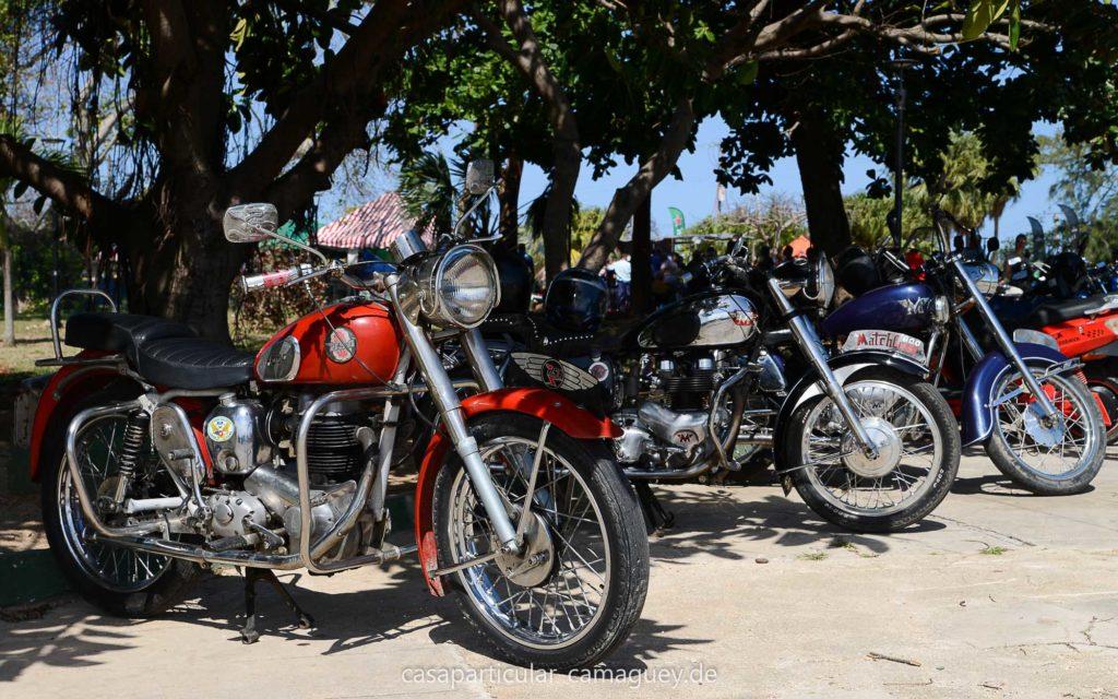 Auf Kuba gibt es noch viele Motorräder alter Marken